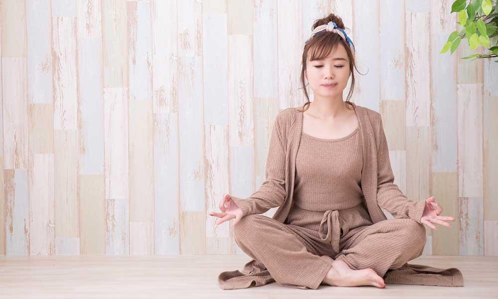 ie-yoga-01