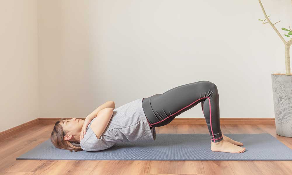 ie-yoga-02